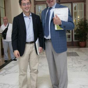 Con l'ex ministro Gino Nicolais alla Summer School di Mezzogiorno Europa. Luglio 2007