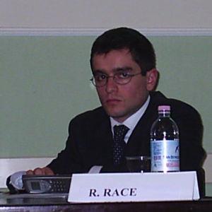 """Alla presentazione del rapporto """"Un Survey. Onu, giovani e stampa italiana: un rapporto difficile"""". Marzo 2004"""